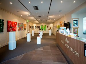 Australian National Botanic Gardens Visitor Centre Gallery - Lismore Accommodation