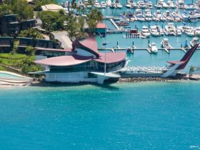 Hamilton Island Yacht Club - Lismore Accommodation