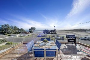 The Rotunda  Gerroa - Pet Friendly Beachfront - Lismore Accommodation