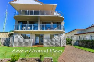 Acacia Kingscliff Town Holiday Apartment - Lismore Accommodation