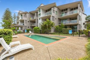 BEACH BLISS LUXURIOUS APARTMENT with POOL - Lismore Accommodation